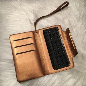 Handbags - iPhone 6/6s Wristlet